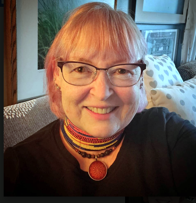 PInk hair, don't care! Noreen Braman show off her recently dyed pink hair.